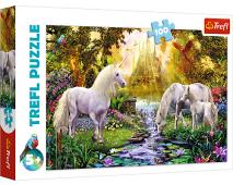 Puzzle 100 Kone v záhrade